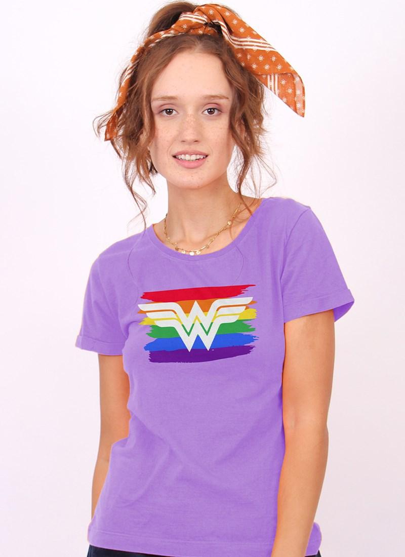Camiseta Mulher Maravilha Logo Pride
