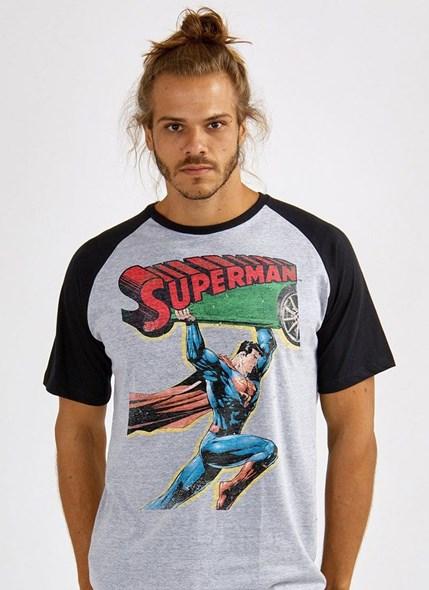 Camiseta Raglan Superman 80 Anos Action Comics Nº 1