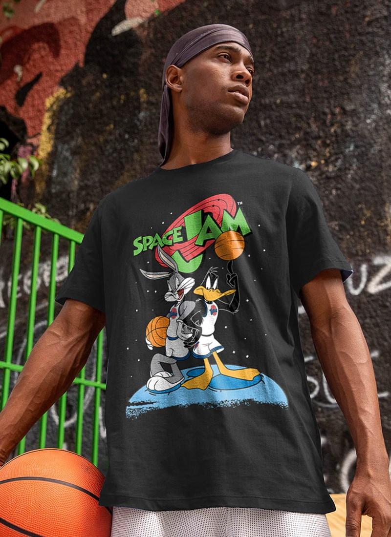 Camiseta Space Jam Pernalonga e Patolino Stars
